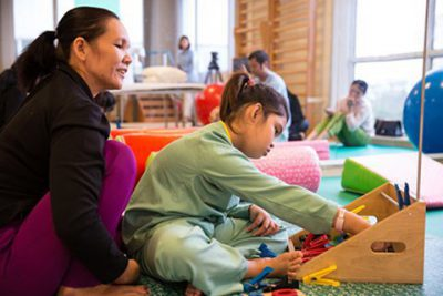 Phục hồi chức năng cho trẻ bại não